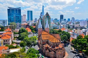 How to get from Hanoi to Ho Chi Minh City (Vietnam)